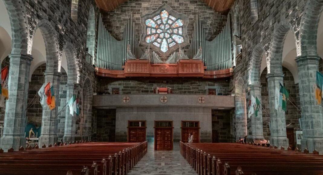 Catedral dentro de las actividades imperdibles para descubrir Galway.